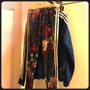Women Adidas Originals set!!